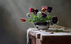 Елена Татульян Still Life Photos, Shabby Flowers, Still Life Photography, Pansies, Photo Art, Flower Arrangements, Vase, Artwork, Beautiful