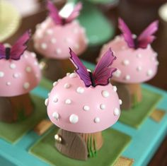 57 ideas pastel fairy birthday party for 2020 Fairy Birthday Party, Garden Birthday, Birthday Party Tables, Birthday Cake, Rainbow First Birthday, 1st Birthday Girls, Cake Candy, Fondant Animals, Cute Clay