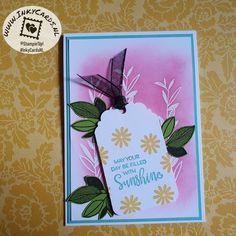 Deze kaart heeft Ingrid Nellen gemaakt met de Celebrate With Flowers stempelset. Ze heeft een emboss resist techniek gebruikt om de witte bloemen in de achtergrond te maken. Hieroverheen heeft ze de Polished Pink inkt met Blending Brushes aangebracht. Het geheel is versierd met een etiket dat is geponst met de Delightful Tag Topper Punch. #Prulleke #prullekekleurencombinatie #celebratewithflowersstampset #delightfultagtopperpunch #embossresisttechniek #stampinupnederland #stampinupdemonstratrice Stampin Up, Flowers, Stamping Up, Royal Icing Flowers, Flower, Florals, Floral, Blossoms