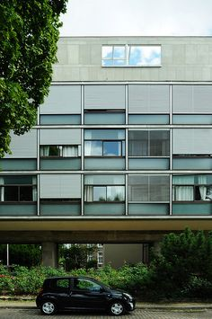 The architecture of museums around the world louis kahn for Agence architecture suisse