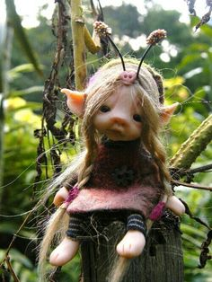 tiny forest bug fairy (fairie ooak) by Kerry Sawyer Woodland Creatures, Magical Creatures, Fantasy Creatures, Clay Fairies, Elves And Fairies, Baby Fairy, Love Fairy, Forest Bugs, Trolls