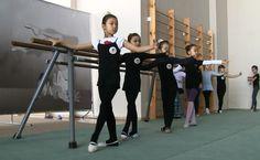 Хореография для художественной гимнастики, средняя группа www.ruslan-kalinkov.com - SHOW-MAKER, балетмейстер, заслуженный деятель искусств РБ. М.т. +7-705-773-86-89.