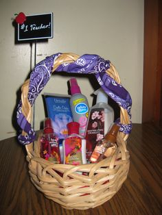 How to Make a Beautiful Gift Basket