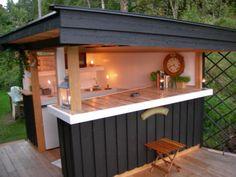 Utekjøkken Outdoor Patio Bar, Outdoor Spaces, Outdoor Living, Outdoor Decor, Pool House Shed, Garden Bar Shed, Murcia, Small Pool Houses, Bbq Island