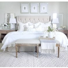 Neutral bedroom with tufted heardboard bench whit Neutral bedroom decor ideas. Neutral bedroom with tufted heardboard bench whit Neutral Bedroom Decor, Bedroom Setup, Neutral Bedrooms, Master Bedroom Design, Home Decor Bedroom, Linen Bedroom, Trendy Bedroom, Bedroom Designs, White Bedrooms