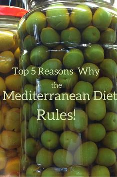 The Mediterranean diet includes lots of plant based foods, healthy fats and (for us, at least), plenty of wine! Read why the Mediterranean Diet rules all! Healthy Meals To Cook, Healthy Fats, Healthy Salads, Spanish Cuisine, Spanish Food, Mediterranean Diet Recipes, No Carb Diets, Foodie Travel, Plant Based Recipes