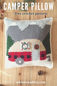 Crochet Plaid Camper Pillow - Free Crochet Pattern - Whistle and Ivy This darling holiday camper pillow features a cute plaid trailer camped in the snow-capped mountains! You will love adding this darling crochet pillow to your Christmas decor. Crochet Gifts, Cute Crochet, Knit Crochet, Crochet Pillow Pattern, Crochet Cushions, Holiday Crochet Patterns, Crochet Mignon, Confection Au Crochet, Crochet Home Decor