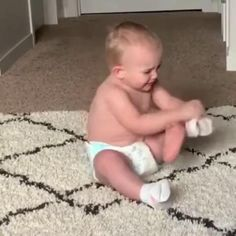 Funny Girl Videos, Funny Kid Fails, Funny Baby Gif, Cute Funny Baby Videos, Some Funny Videos, Cute Funny Babies, Funny Videos For Kids, Funny Short Videos, Funny Kid Pictures