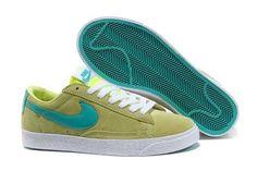 2013 Femme Nike Blazer Low Suede Vintage Vert Nouveau Vert [Q46j] Logo Nike, Blazer, Sneakers Nike, Shoes, Vintage, Fashion, Nike Shoes, Woman, Green