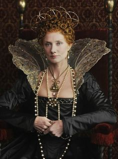 Joely Richardson - Anonymous as Queen Elizabeth