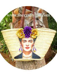 Round straw bag with shoulder straps Handwoven straw round