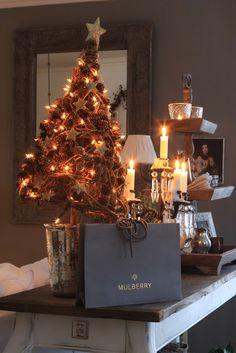 navidad Christmas Decorations, Table Decorations, Holiday Decor, Christmas Time, Xmas, Pine Cones, Recycling, Seasons, Crafts