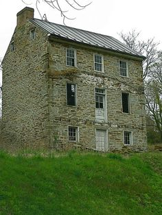 ABANDONED HOMES MAINE | Recent Photos The Commons Getty Collection Galleries World Map App ...