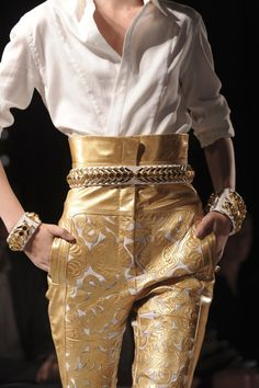 White Shirt and Gold-White Leather Pant.... I love it!