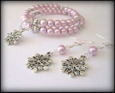 Snowflakes and Pearls Bracelet and Earring Set (lavender)