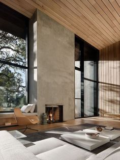 Simple finishes and straight lines create the fire place at Miner Road Miner Road by Faulkner Architects est living Modern House Design, Modern Interior Design, Interior Design Inspiration, Interior Architecture, Design Ideas, Natural Modern Interior, Modern Interiors, Modern Luxury, Modern Wood House