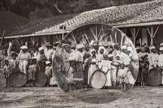 Marc Ferrez/Coleção Gilberto Ferrez/Acervo Instituto Moreira Salles. Partida para a colheita do café, c.1885, Vale do Paraíba