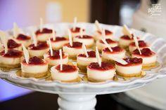 Mini Cheese Cake com geléia de Morango - Dolce Vicious Doces Finos . www.sitedanoiva.com.br