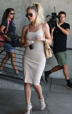 Khloe Kardashian Photos: Kim and Khloe Kardashian Are Seen at Milk Studios
