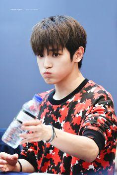 Taeyong —161003 fansign #taeyong #leetaeyong #nct #nct127 #nctu #nct2018