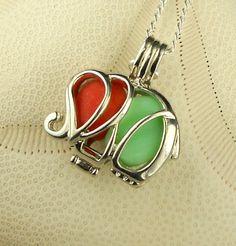 Sea Glass Necklace, Sea Glass Jewelry, Jewelry Art, Beach Treats, Green Milk Glass, Sea Crafts, Red Sea, Sea Foam, Ruby Red