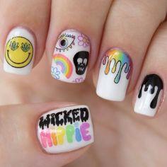 48 Inspiring Halloween Nail Art Designs Ideas For Women Sassy Nails, Love Nails, Trendy Nails, My Nails, Hippie Nail Art, Hippie Nails, Nail Pops, Super Nails, Halloween Nail Art