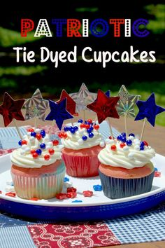 Tie-Dyed Cupcakes by callie | Holidays | Pinterest | Blue Cupcakes ...