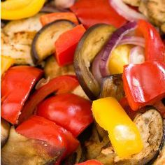 Roasted Mediterranean Vegetables - Online Nutrition Coaching - Food The Facts Roasted Mediterranean Vegetables, Roasted Vegetables, Veggies, Paleo Recipes, New Recipes, Whole Food Recipes, Vegetable Torte Recipe, Soup And Sandwich, Sandwiches