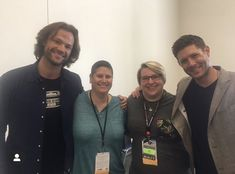I was fortunate enough to go to the #Supernatural set a few times as a reporter. @jarpad & @JensenAckles were always incredibly kind. Congrats to the whole #Supernatural team on a great run, including @Chico6 & @RealHollidayo , who also put their heart and souls into the show. Jared And Jensen, Jensen Ackles, Eric Kripke, Great Run, Tv Supernatural, Executive Producer, To Go, Singer, People