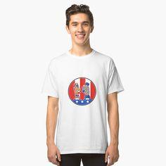 'British Physical Fitness Union Jack Flag Icon' T-Shirt by patrimonio Graphic T Shirts, Cute Designs, Shirt Designs, Tshirt Colors, Neck T Shirt, Wardrobe Staples, Female Models, Chiffon Tops, Retro Fashion