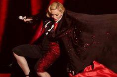 Giorgio Armani & Madonna: Wer ist Schuld am peinlichen Sturz?