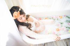 Maternity Milk bath {Seattle Maternity and Milk Bath Photographer} - Kamikay Photography