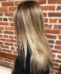Dayna's little one is due very soon, so we stretched her root down and transitioned her conventional highlights into balayage for a smoother, more natural looking grow out. Color & styled with ✨ Cool Blonde, Dark Blonde, Balayage Highlights, Blonde Balayage, Kevin Murphy, Kelly Clarkson, Grow Out, Cut And Color, Haircolor