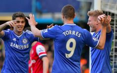 Oscar celebrate his goal with Torres & Schurrle #CFC