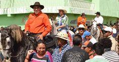osCurve   Contactos : Rubelio Recinos, exalcalde de Barberena, bloquea c...