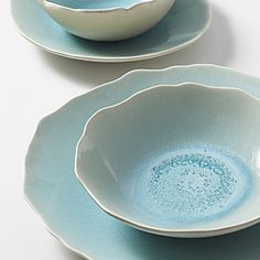 This china pattern reminds me of the ocean. I live the color and shape.