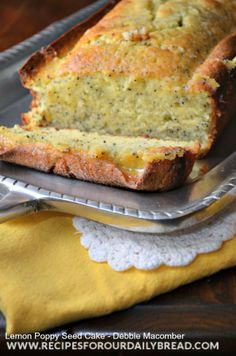 Lemon Poppy Seed Cake Recipe from Debbie Macomber's Christmas Cookbook. Enter today for a chance to win this cookbook. GIVEAWAY ENDS recipesforourdail. Quick Easy Desserts, Just Desserts, Delicious Desserts, Dessert Recipes, Yummy Food, Tasty, Poppy Seed Cake, Gula, Biscuits