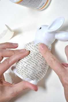 Little Birdie Secrets: tutorial for covering an old figurine with book pages using decoupage medium