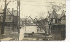 Parkersburg, WV - Flood 1913 12th St Murdoch Ave Real Photo - 1913.
