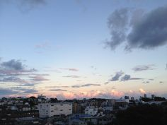 2013.09.03  今日の夕方の空。今日もよく働きました。今月はイベント目白押しで忙しいなあ。