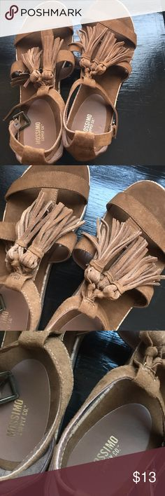 Brown Mossimo Sandals NWOT Never worn. Have been sitting in my closet for over a year. Size 8 1/2. Mossimo Supply Co Shoes Sandals