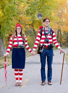 Community Post: 24 Awesome Kids' Book-Inspired Halloween Costumes For Grownups Literary Costumes, Best Couples Costumes, Awesome Couple Costumes, Costumes For 3 People, Book Characters Dress Up, Character Dress Up, Teacher Costumes, Book Day Costumes, Bookweek Costumes For Teachers
