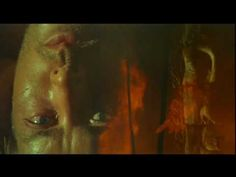 """A sequência inicial de """"Apocalypse Now""""."""