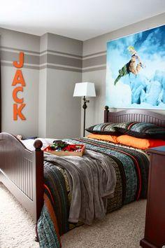 "Boys Bedroom Makeover~Love the racing stripe on the wall....""Light bulb!"""