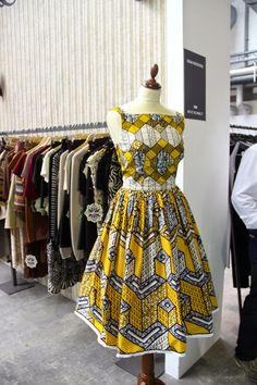 Clothing ideas for african fashion outfits 069 African Fashion Designers, African Inspired Fashion, African Print Fashion, Africa Fashion, Fashion Prints, African Prints, African Attire, African Wear, African Women