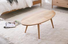 いいね!26件、コメント1件 ― @serve_furnitureのInstagramアカウント: 「♪ Low table type18 小さく見えますが、ワイド1M。 足を踏ん張ってる様子が、何か小さな動物のようにも見えます。今にも歩き出しそうです。…」