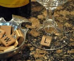Check out these 18 DIY projects that you can make with scrabble tile. These scrabble tile DIY projects would make great gifts and fun decor for your home! 18 Clever Scrabble Tile DIY Projects via Homemade Christmas Gifts, Homemade Gifts, Xmas Gifts, Christmas Presents, Christmas Crafts, Dremel, Azulejos Diy, Scrabble Crafts, Scrabble Tiles