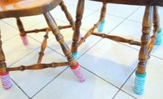 Christmas Chair Socks ~ easy level ~ make them in other colours and use them all year round ~ FREE - CROCHET