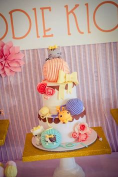 Jodie's Vintage Kitty Cat Themed Party – Cake