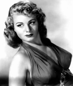 Shelley Winters 40s hairstyle
